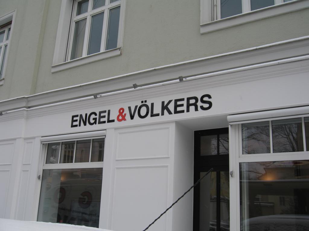 Einzelbuchstaben Engel & Völkers
