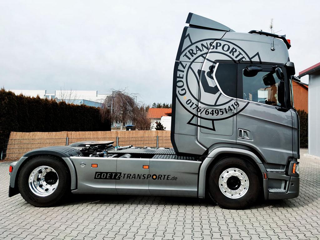 KFZ-Beschriftung Goetz Transporte,, Schwifting durch Logo Werbung Landsberg